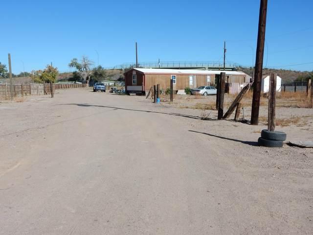 106 W Ross Avenue, Belen, NM 87002 (MLS #1002994) :: Sandi Pressley Team