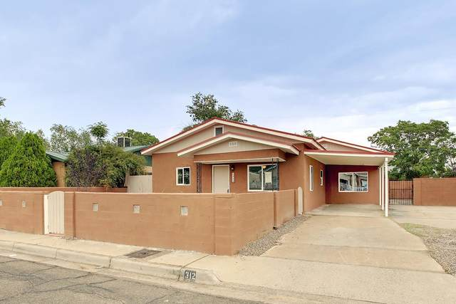 312 61ST Street NW, Albuquerque, NM 87105 (MLS #1003016) :: Campbell & Campbell Real Estate Services