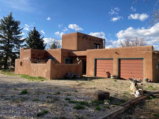 511 Apache Street, Taos, NM 87571 (MLS #1003064) :: Campbell & Campbell Real Estate Services