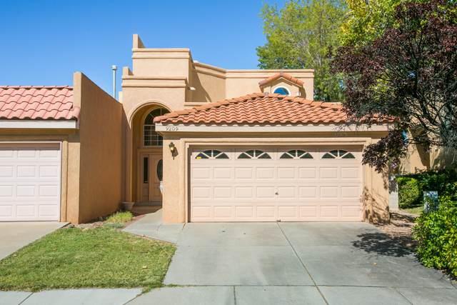 9209 Palm Beach NE, Albuquerque, NM 87111 (MLS #1003184) :: Campbell & Campbell Real Estate Services