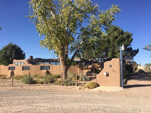466 Chimaja Road, Corrales, NM 87048 (MLS #1003214) :: HergGroup Albuquerque