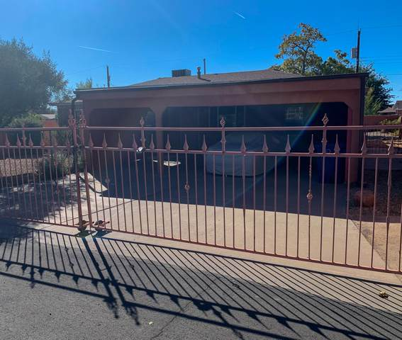 4629 Spring Valley Circle SW, Albuquerque, NM 87105 (MLS #1003216) :: Campbell & Campbell Real Estate Services