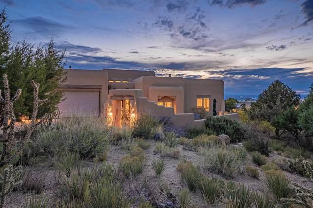 4905 Cresta Del Sur Court NE, Albuquerque, NM 87111 (MLS #1003228) :: Keller Williams Realty