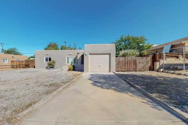8817 Candelaria Road NE, Albuquerque, NM 87112 (MLS #1003234) :: The Buchman Group