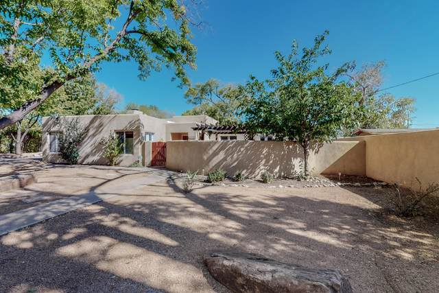 3108 10TH Street NW, Albuquerque, NM 87107 (MLS #1003263) :: Campbell & Campbell Real Estate Services