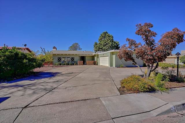1819 Washington Street NE, Albuquerque, NM 87110 (MLS #1003414) :: The Buchman Group