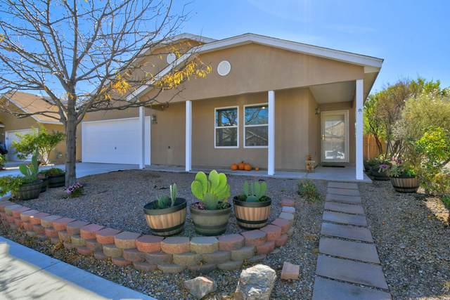5734 Pinon Grande Road NW, Albuquerque, NM 87114 (MLS #1003476) :: HergGroup Albuquerque