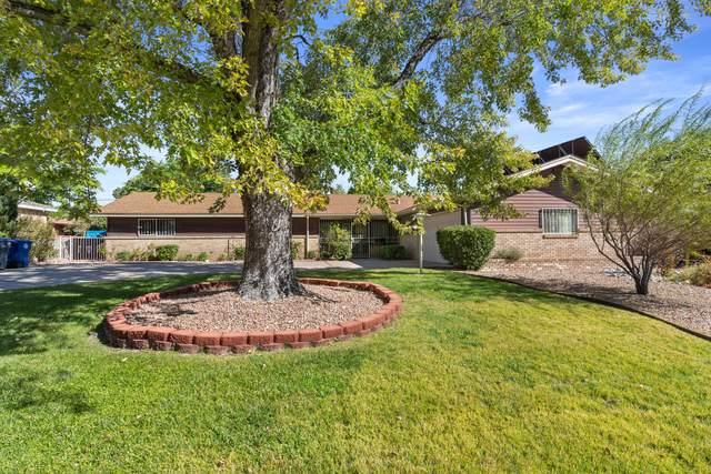 2626 Alvarado Drive NE, Albuquerque, NM 87110 (MLS #1003514) :: The Buchman Group