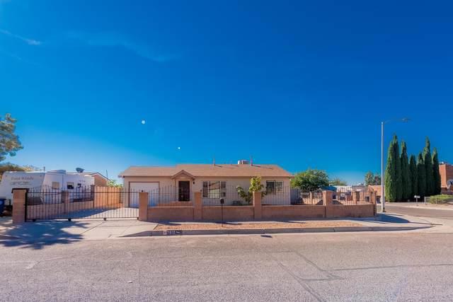 7512 Palm Lane SW, Albuquerque, NM 87121 (MLS #1003531) :: The Buchman Group