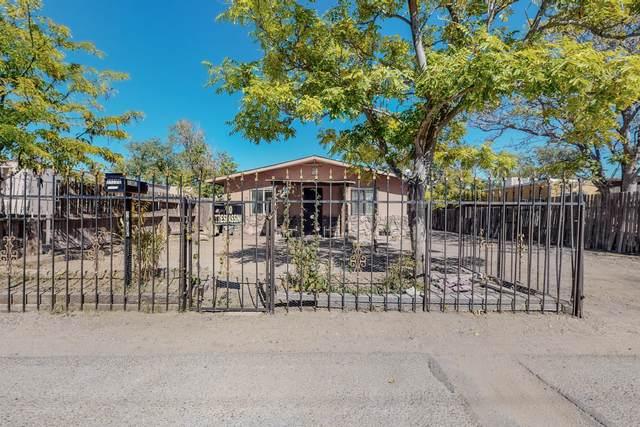 3123 # C Leo Road SW, Albuquerque, NM 87105 (MLS #1003550) :: Keller Williams Realty