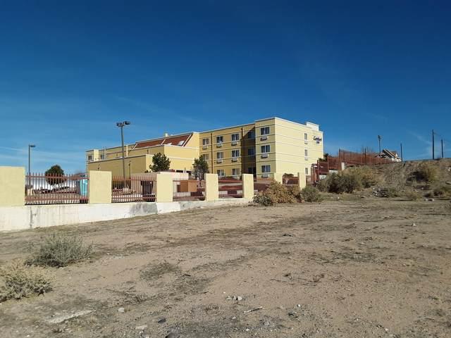 1824 Wilmoore Drive SE, Albuquerque, NM 87106 (MLS #1003698) :: Keller Williams Realty