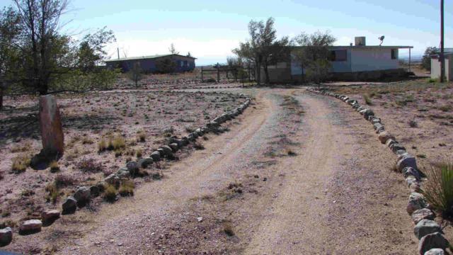 95 Mora Drive, Veguita, NM 87062 (MLS #859799) :: Campbell & Campbell Real Estate Services