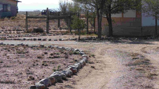 95 Mora Drive, Veguita, NM 87062 (MLS #862136) :: Campbell & Campbell Real Estate Services