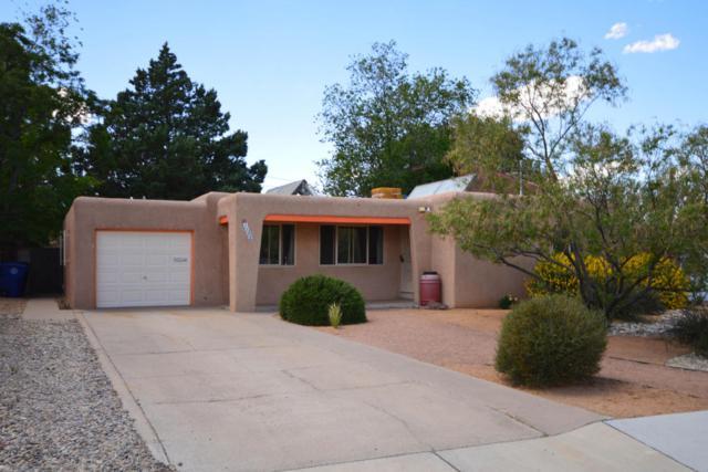 1129 Quincy Street SE, Albuquerque, NM 87108 (MLS #891316) :: Your Casa Team
