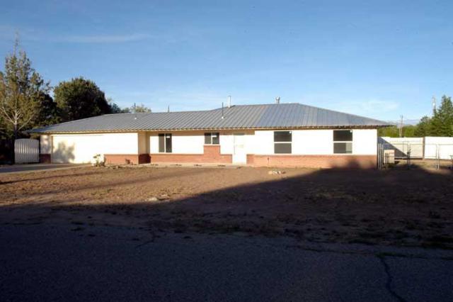 1170 Monte Vista Drive, Bosque Farms, NM 87068 (MLS #892974) :: Rickert Property Group