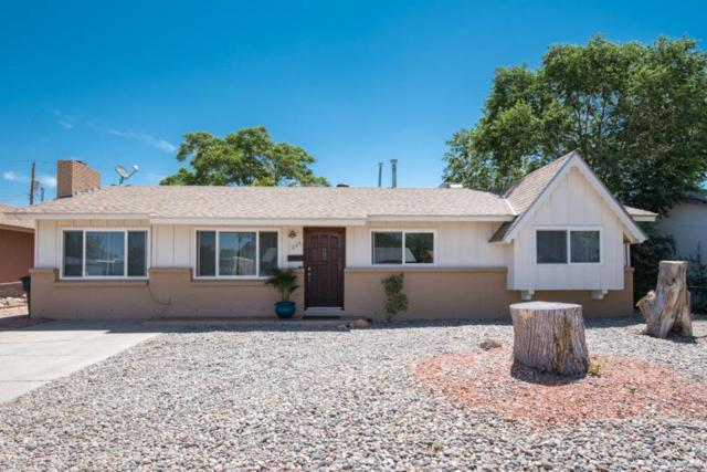 208 General Arnold Street NE, Albuquerque, NM 87123 (MLS #894496) :: Your Casa Team