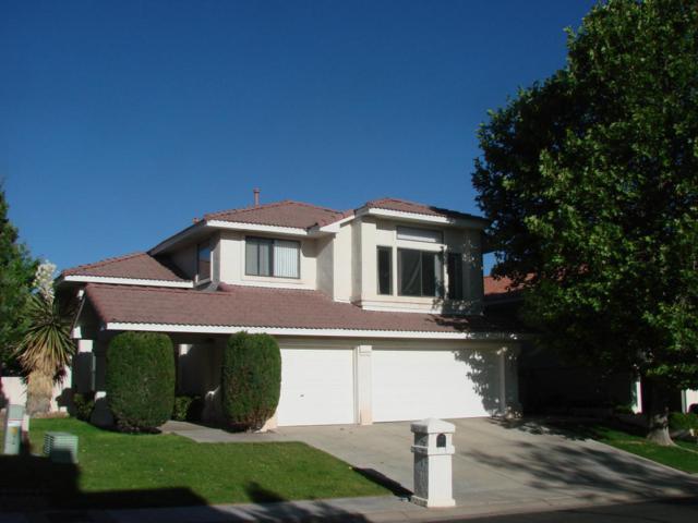 10040 Wellington NE, Albuquerque, NM 87111 (MLS #894942) :: Rickert Property Group