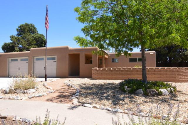3312 Aztec Court NE, Albuquerque, NM 87111 (MLS #895013) :: Your Casa Team