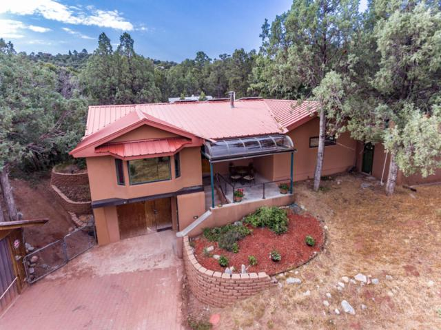 21 Sandia Haven Drive, Cedar Crest, NM 87008 (MLS #896387) :: Campbell & Campbell Real Estate Services