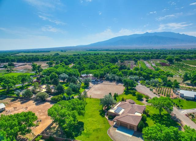 Corrales Del Norte, Corrales, NM 87048 (MLS #897363) :: Campbell & Campbell Real Estate Services