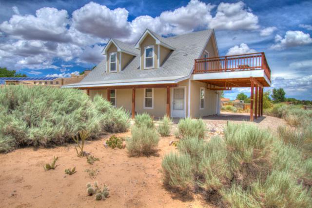449 Camino Sin Pasada, Corrales, NM 87048 (MLS #898032) :: Campbell & Campbell Real Estate Services