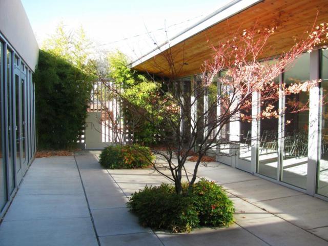 111 SE Tulane Drive SE, Albuquerque, NM 87106 (MLS #898996) :: Campbell & Campbell Real Estate Services