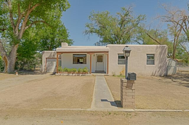 803 Green Valley Road NW, Los Ranchos, NM 87107 (MLS #899349) :: Rickert Property Group