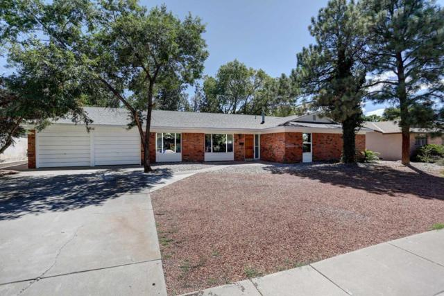 7628 Mountain Road NE, Albuquerque, NM 87110 (MLS #899968) :: Rickert Property Group