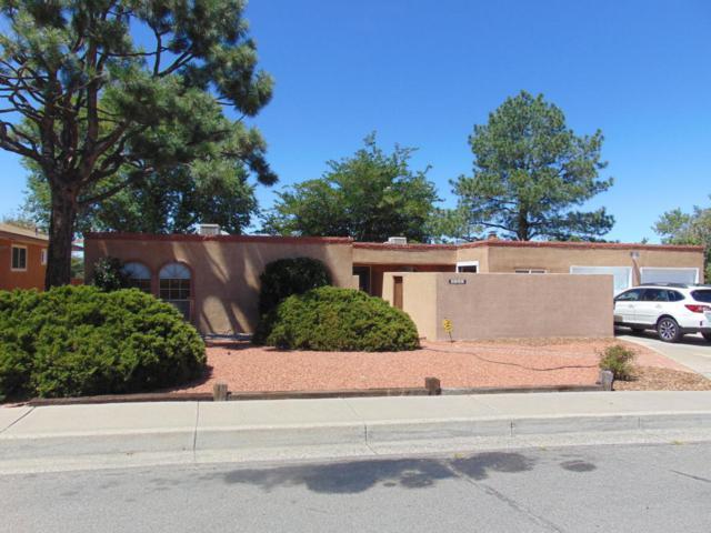 2129 Marie Park Drive NE, Albuquerque, NM 87112 (MLS #899969) :: Rickert Property Group