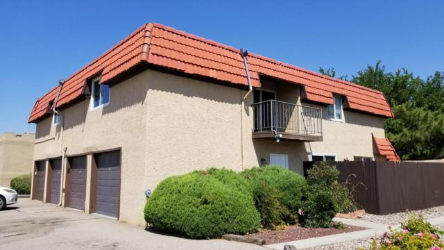 8445 Heights Road NE Apt D, Albuquerque, NM 87111 (MLS #901551) :: Campbell & Campbell Real Estate Services