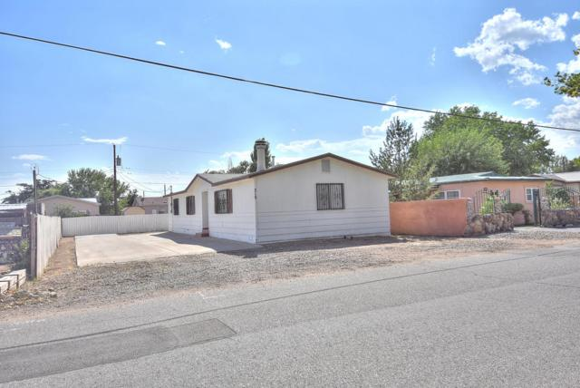 319 Calle Barrio Nuevo, Bernalillo, NM 87004 (MLS #901841) :: Campbell & Campbell Real Estate Services