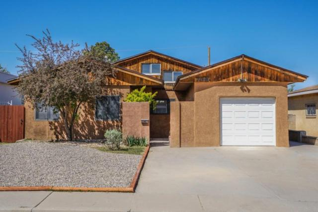 705 Charleston Street NE, Albuquerque, NM 87108 (MLS #902180) :: Campbell & Campbell Real Estate Services