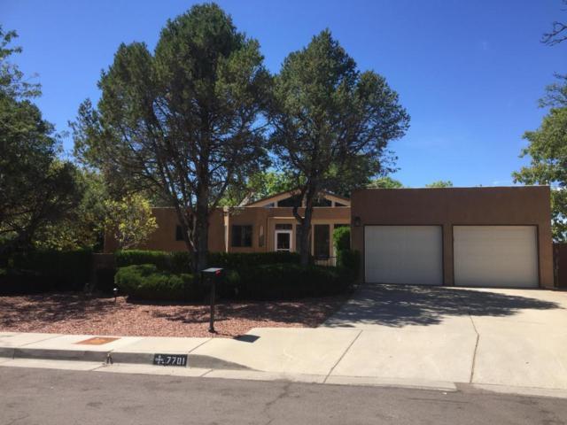 7701 Hendrix Avenue NE, Albuquerque, NM 87109 (MLS #902337) :: Your Casa Team