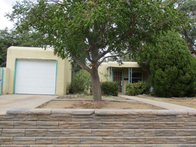 9615 Aztec Road NE, Albuquerque, NM 87111 (MLS #902409) :: Your Casa Team