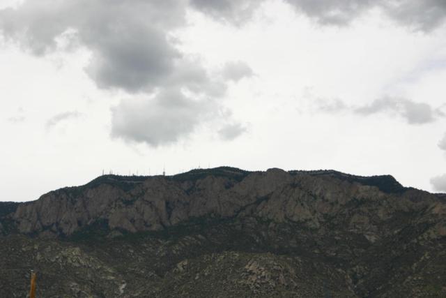 Carmel Avenue NE, Albuquerque, NM 87122 (MLS #902684) :: The Stratmoen & Mesch Team