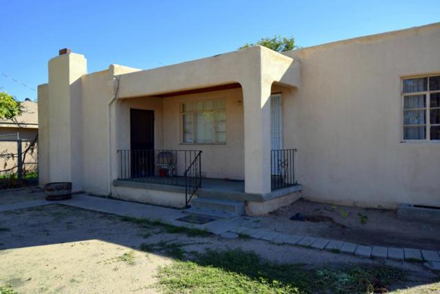 330 Osuna Road NW, Los Ranchos, NM 87107 (MLS #904295) :: Rickert Property Group