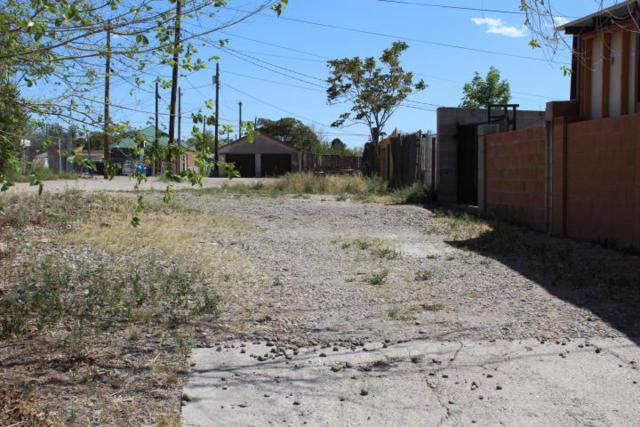 710 Garfield Avenue SE, Albuquerque, NM 87102 (MLS #904700) :: Campbell & Campbell Real Estate Services
