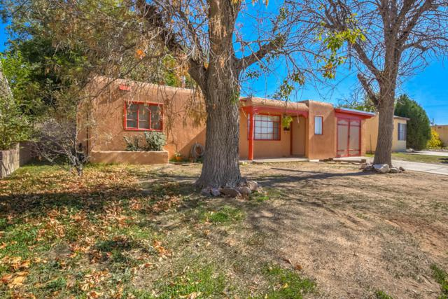 3200 La Veta Drive NE, Albuquerque, NM 87110 (MLS #905391) :: Will Beecher at Keller Williams Realty