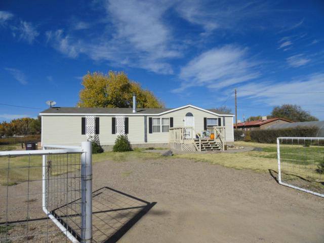 424 Williams Road, Belen, NM 87002 (MLS #905448) :: Campbell & Campbell Real Estate Services