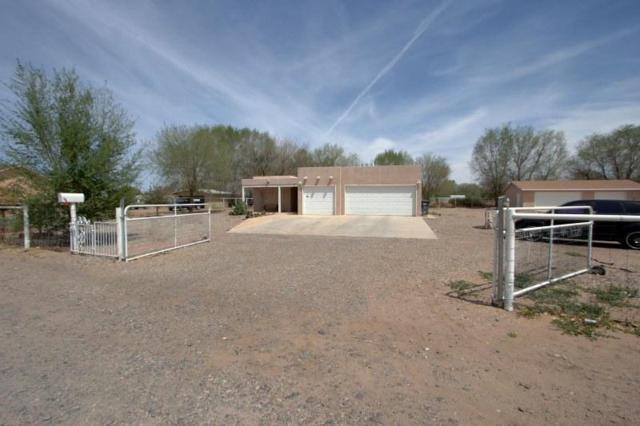 4 King Court, Los Lunas, NM 87031 (MLS #905545) :: Campbell & Campbell Real Estate Services