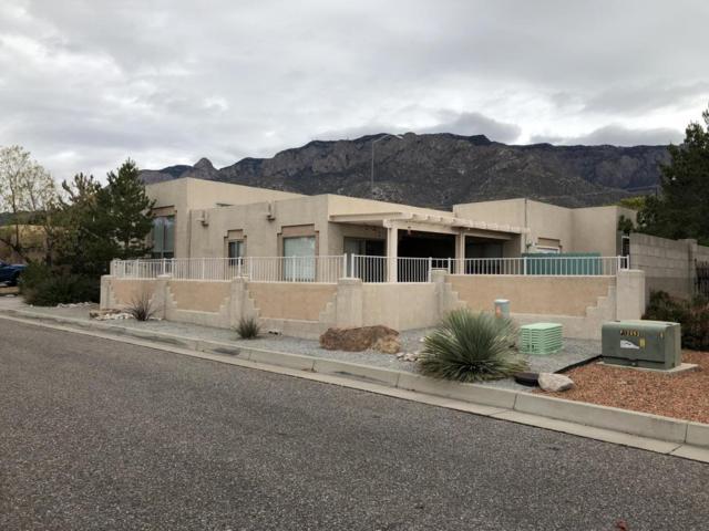 12624 Carmel Court NE, Albuquerque, NM 87122 (MLS #905983) :: Your Casa Team