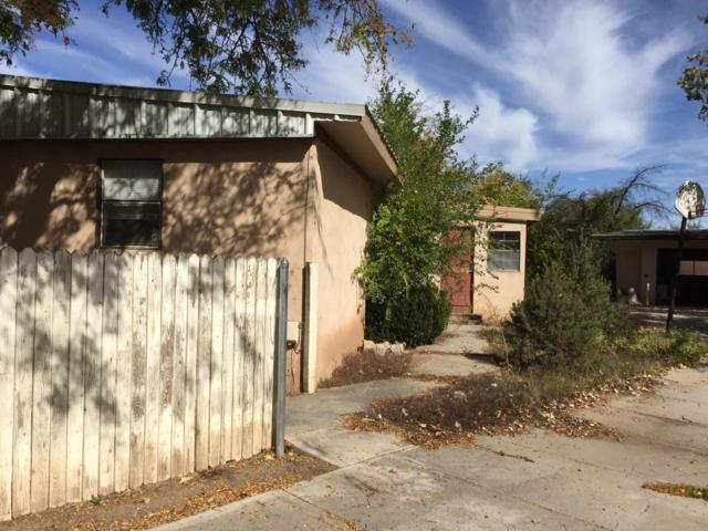 1900 Tamarack Circle, Bosque Farms, NM 87068 (MLS #906042) :: Rickert Property Group