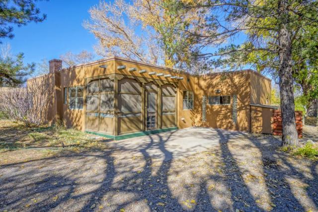1413 Dennison Road SW, Albuquerque, NM 87105 (MLS #906295) :: Campbell & Campbell Real Estate Services