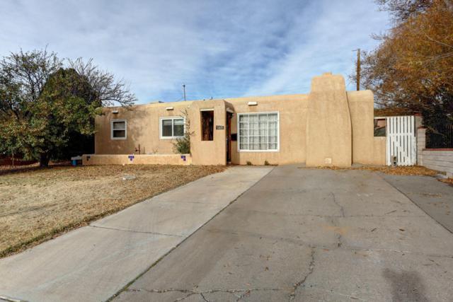 10419 Love Avenue NE, Albuquerque, NM 87112 (MLS #906473) :: Your Casa Team