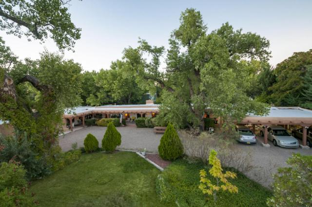 509 Los Ranchos Road NW, Los Ranchos, NM 87107 (MLS #906861) :: Rickert Property Group