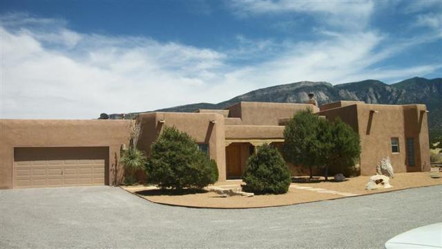 289 State Hwy 165, Placitas, NM 87043 (MLS #907097) :: Rickert Property Group