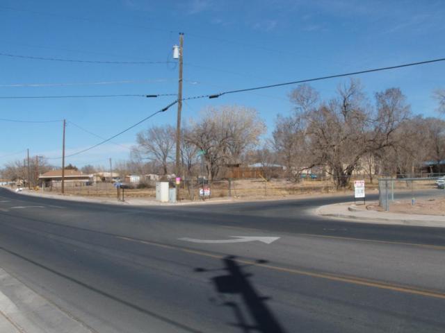 700 Los Lentes Road NE, Los Lunas, NM 87031 (MLS #907406) :: Will Beecher at Keller Williams Realty