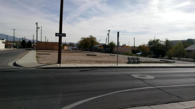 1420 5Th Street NW, Albuquerque, NM 87102 (MLS #907484) :: Silesha & Company