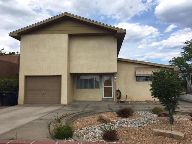 1040 Vermont Street NE, Albuquerque, NM 87110 (MLS #907665) :: Your Casa Team