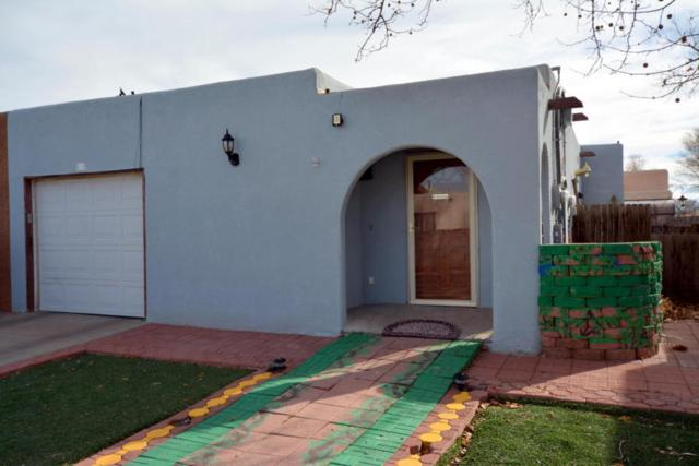 608 Vaughn Street SW, Los Lunas, NM 87031 (MLS #909329) :: Campbell & Campbell Real Estate Services